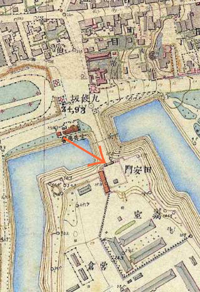明治9-17年(1876-84年)5千分の1東京図測量原図より田安門