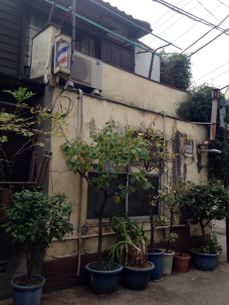 菊坂下道の床屋さん
