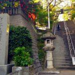 新宿区市谷亀ヶ岡八幡宮の几号水準点の謎