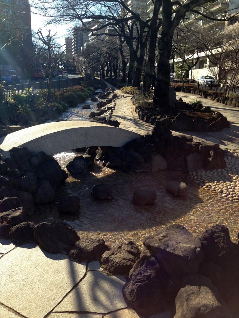播磨坂の流水施設