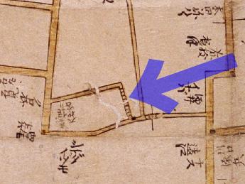 芥坂(寛文10-13年(1670-73))新版江戸大絵図より)
