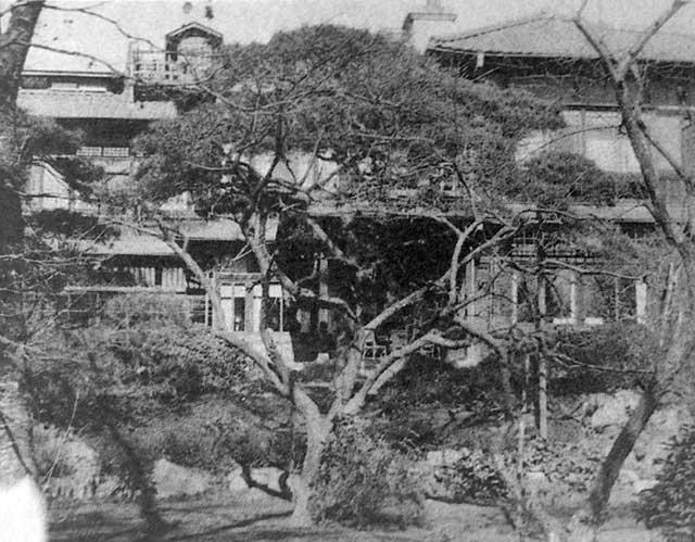 古写真:戦災で焼ける前のニトベ・ハウス
