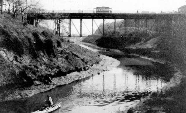 明治24年(1891年)のお茶の水橋周辺