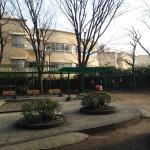 公園と豊明小学校