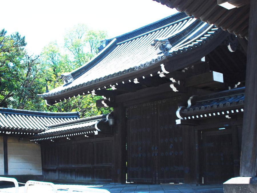 赤坂仮御所東門