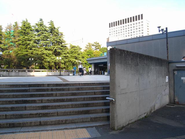 君の名は。四谷駅赤阪口