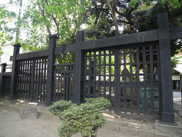 円通寺の黒門