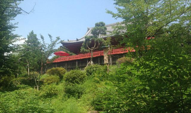京都の清水の舞台を模した清水堂。