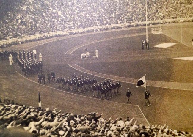 ベルリンの奇跡 オリンピック入場式。