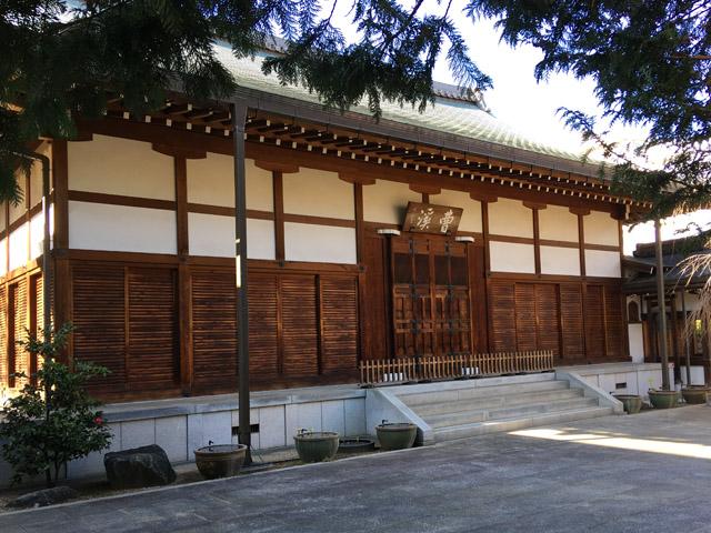 曹渓寺は観光寺ではなく、衆徒でないと入山できません。