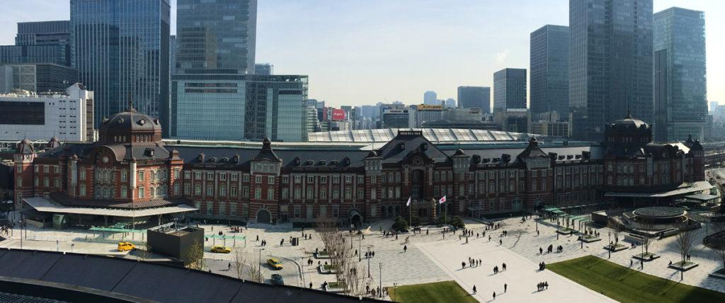 新丸ビル7からの東京駅丸の内駅舎全景