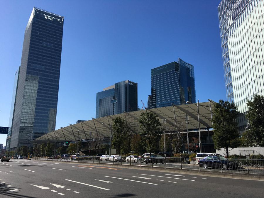 東京駅八重洲口のグランルーフ。