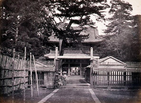古写真:イギリス公使館高輪東禅寺山門