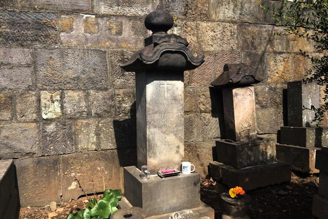 ヒュースケン墓所