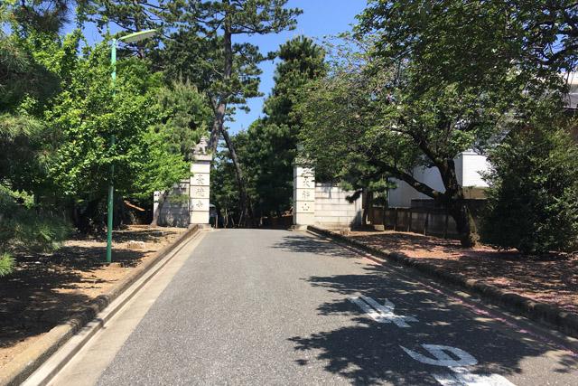 豪徳寺門前