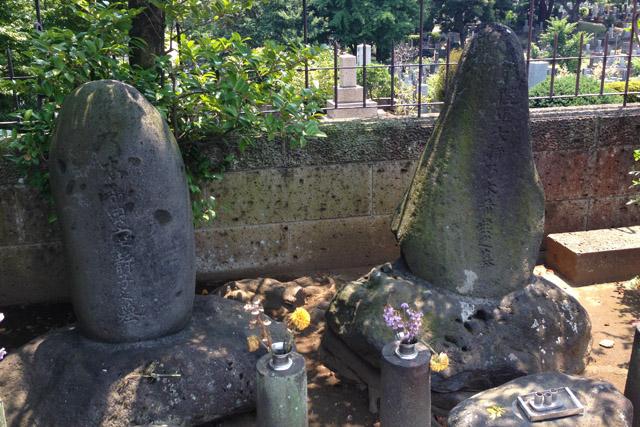 青山墓地乃木希典・静子墓