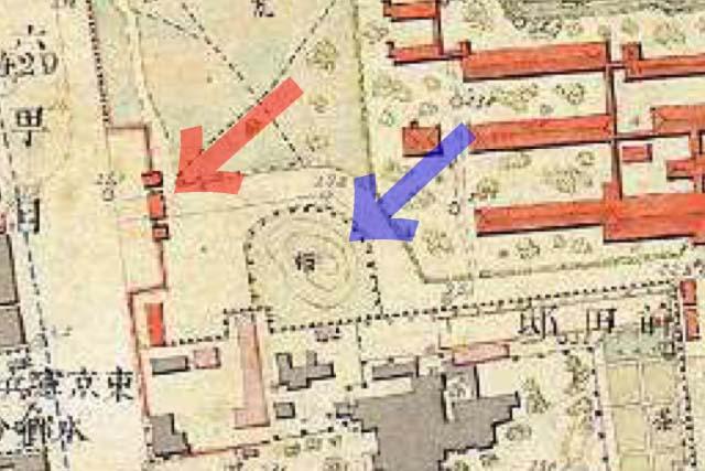 古地図:明治9-17年(1876-84年)5千分の1東京図測量原図より赤門と築山(富士山)。