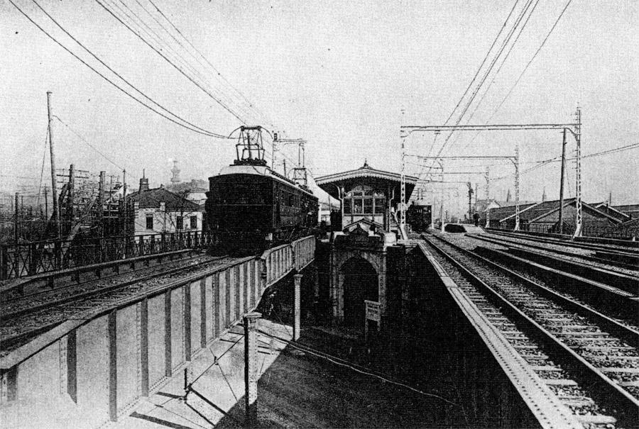 有楽町駅(新橋方面から見る)