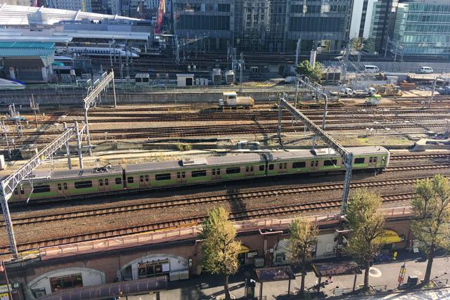 東京駅高架下