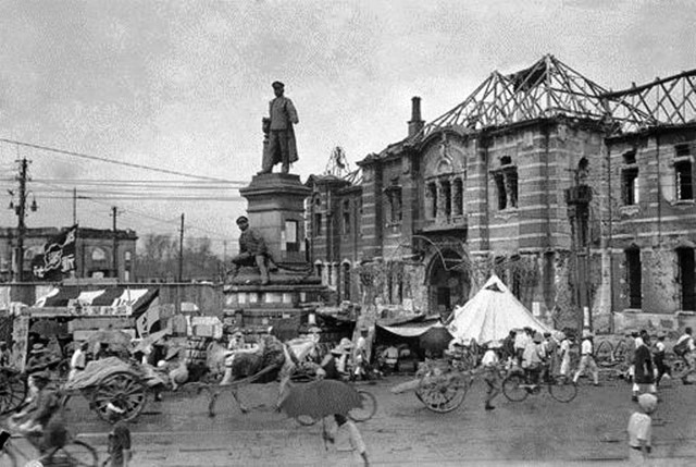 関東大震災後で崩壊した万世橋駅